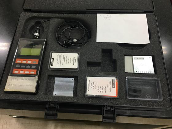 ヘルムートフィッシャー製 電磁式小型膜厚計