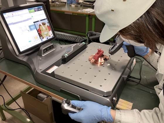 キーエンス製 卓上型三次元測定器