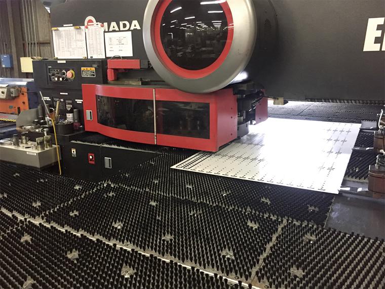NCタレット パンチプレス機械写真1